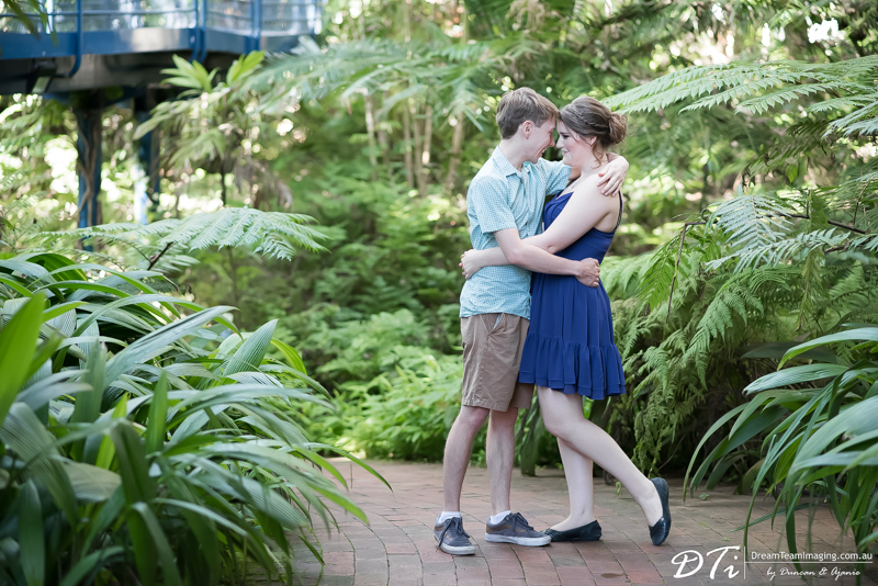 Best Wedding Photographers Adelaide, Botanic Garden pre wedding